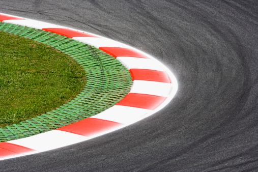 Motor Racing Track「Corner on a race track」:スマホ壁紙(8)