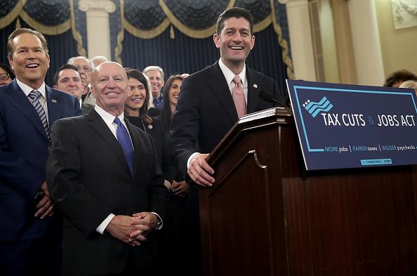 Legislation「House Republicans Introduce Tax Reform Legislation」:写真・画像(10)[壁紙.com]