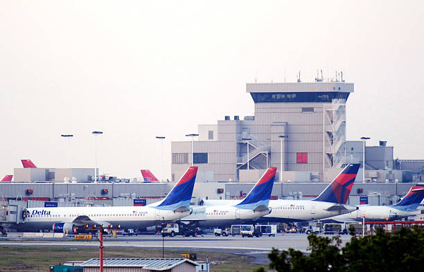 Delta And Northwest Airlines Announce Merger Agreement:ニュース(壁紙.com)