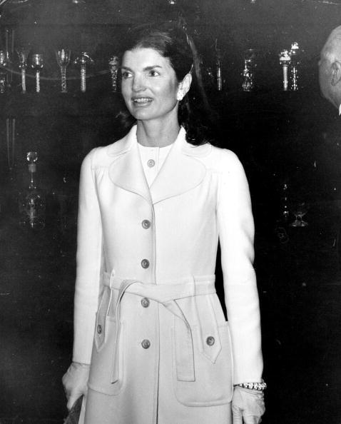 Coat - Garment「Jackie Antiques Fair」:写真・画像(12)[壁紙.com]