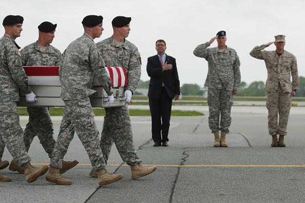 Construction Material「Bodies Of Seven Servicemen Killed In Afghanistan Return To U.S.」:写真・画像(6)[壁紙.com]