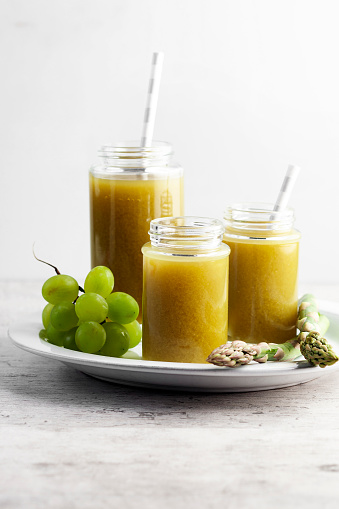 Vegetable Juice「Healthy drinks,vegetable juice,asparagus juice,Smoothie of green vegetables,」:スマホ壁紙(10)