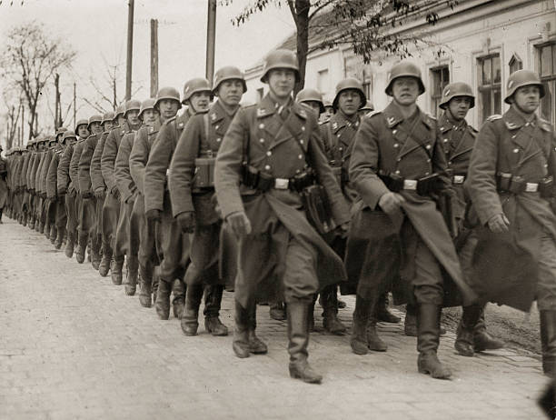 Annexion of Austria: German Armed Forces at the airport Aspern in Vienna, Photograph, 12,3,1938:ニュース(壁紙.com)