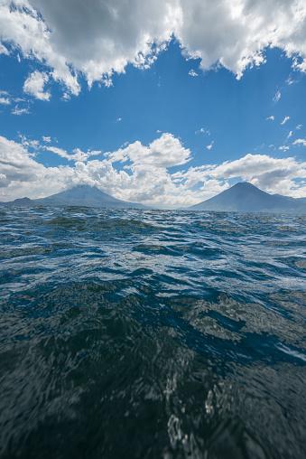 Lake Atitlan「Lake Atitlán volcanoes」:スマホ壁紙(10)
