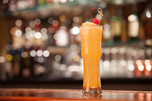 Cocktail「Rum Tiki」:スマホ壁紙(15)