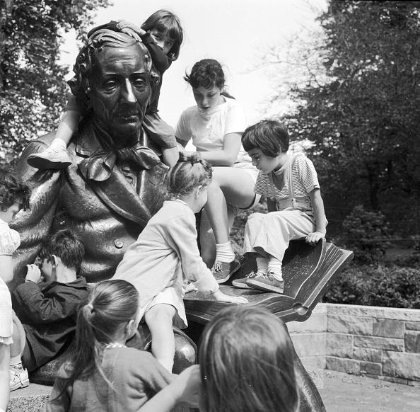 作家「Fairy Tale Statue」:写真・画像(18)[壁紙.com]