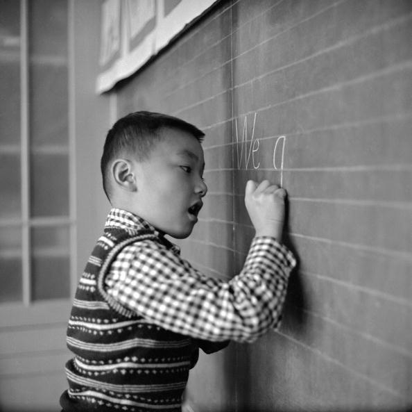 Writing「Learning English」:写真・画像(6)[壁紙.com]