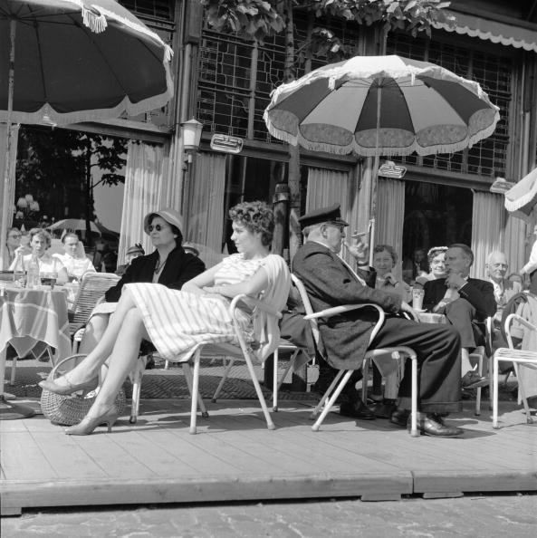 Netherlands「Sunny Street Cafe」:写真・画像(7)[壁紙.com]
