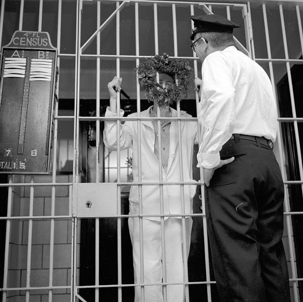 Prisoner「Prison At Christmas」:写真・画像(15)[壁紙.com]