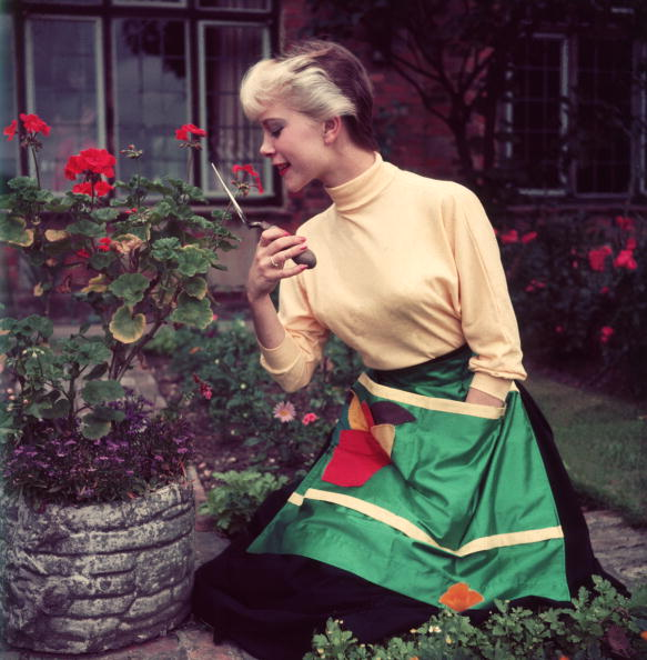 Stay-at-Home Mother「Green Fingers」:写真・画像(5)[壁紙.com]