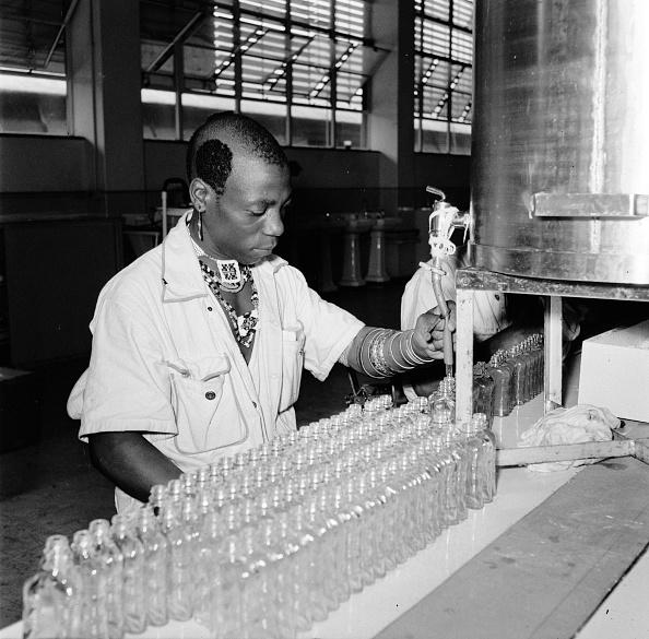 Bottle「Perfume Factory」:写真・画像(16)[壁紙.com]