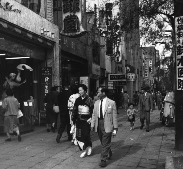 Ginza「Japanese Couple」:写真・画像(2)[壁紙.com]