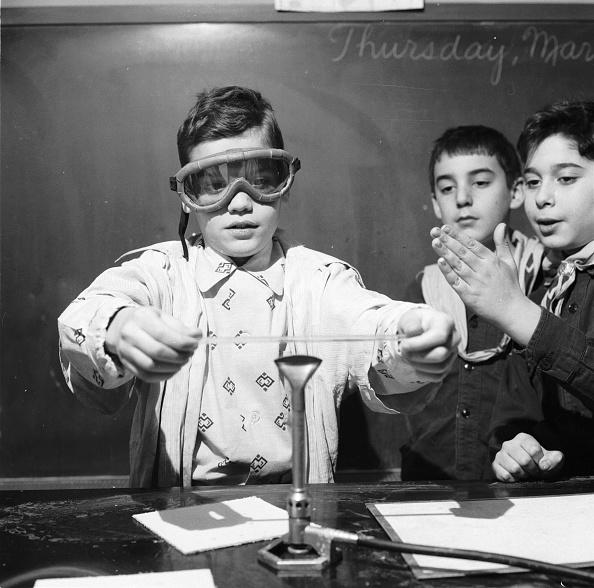 Chemical「Chemistry Class」:写真・画像(1)[壁紙.com]