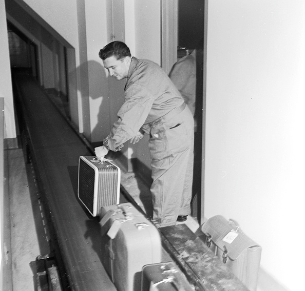 Manufacturing Equipment「Conveyor Belt」:写真・画像(15)[壁紙.com]