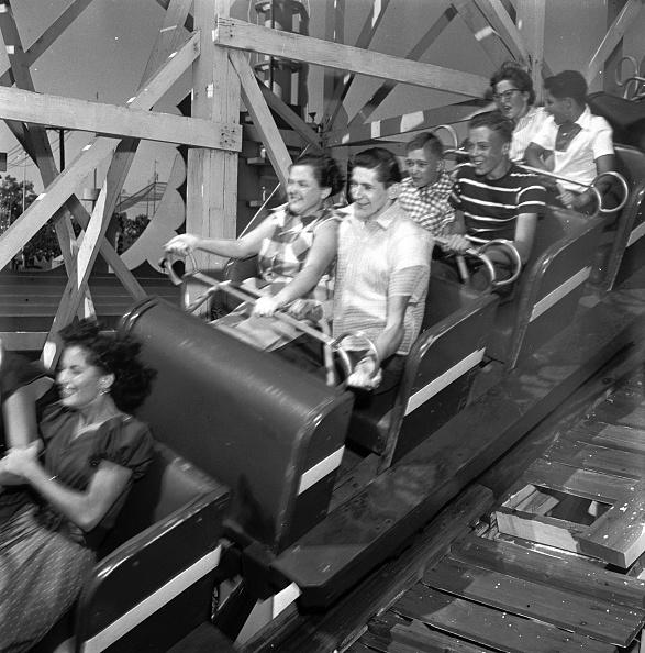 Rollercoaster「Hang On」:写真・画像(13)[壁紙.com]