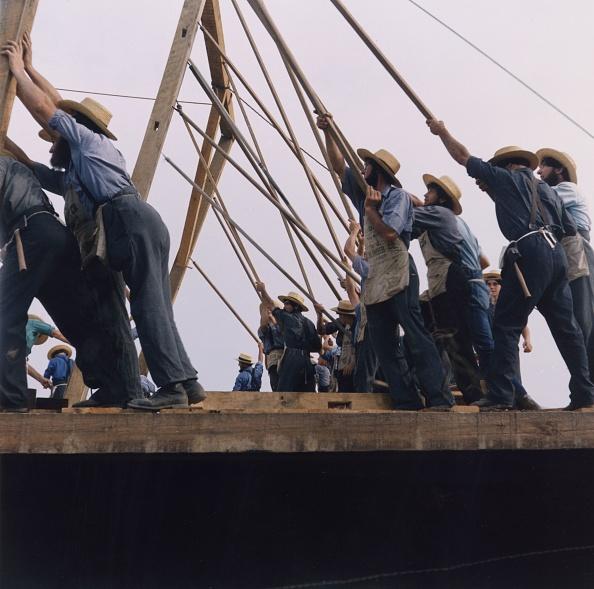 Barn「Pulling Together」:写真・画像(0)[壁紙.com]