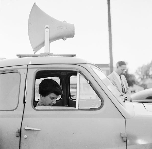 Religious Mass「Preaching Car」:写真・画像(6)[壁紙.com]