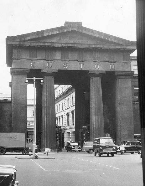 Arch - Architectural Feature「Euston Arch」:写真・画像(6)[壁紙.com]
