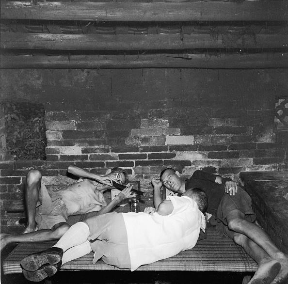 Homemade「Opium Smokers」:写真・画像(2)[壁紙.com]