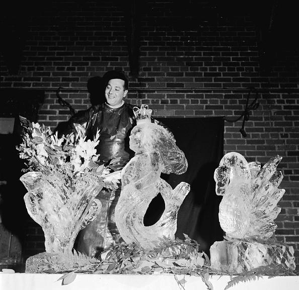 Ice Sculpture「Ice Sculpture」:写真・画像(9)[壁紙.com]