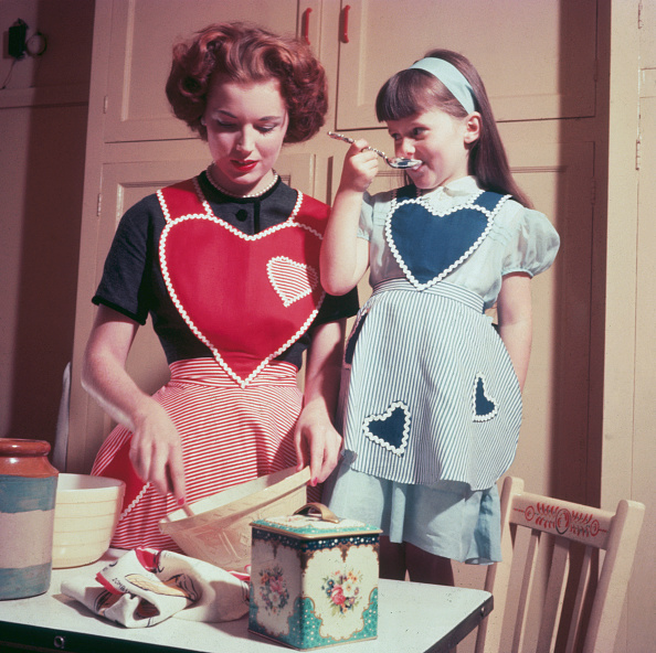 1950-1959「Cooking With Mother」:写真・画像(7)[壁紙.com]