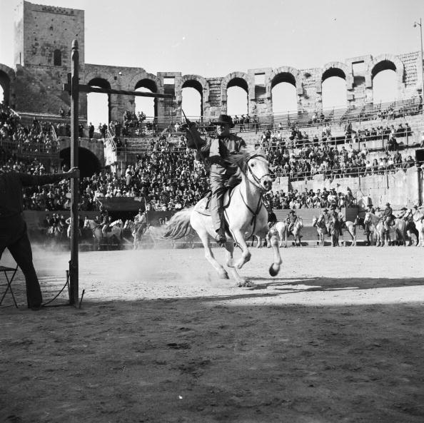 Arles「Spearing The Ring」:写真・画像(1)[壁紙.com]