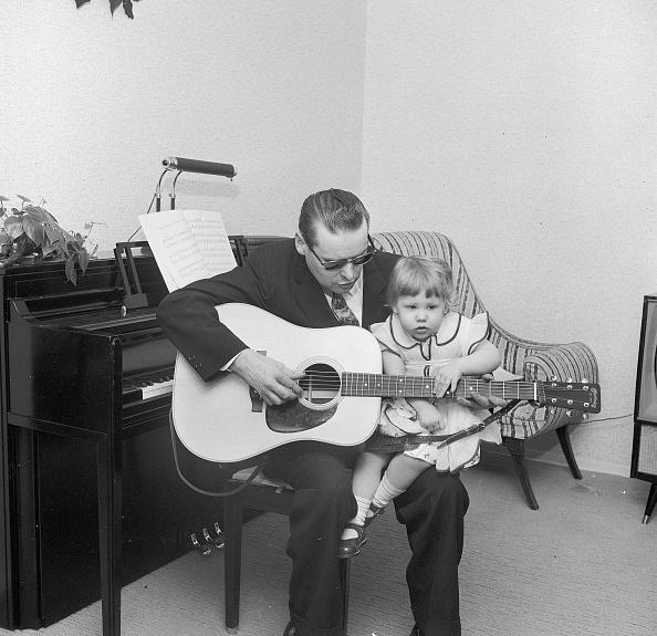 Methodist「Guitar Lesson」:写真・画像(10)[壁紙.com]