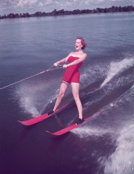 Standing Water「Water Skiing」:写真・画像(14)[壁紙.com]