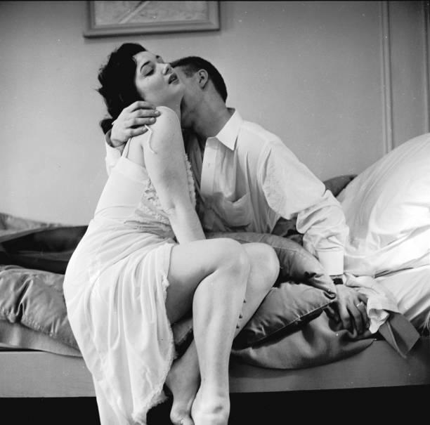 Passionate Embrace:ニュース(壁紙.com)