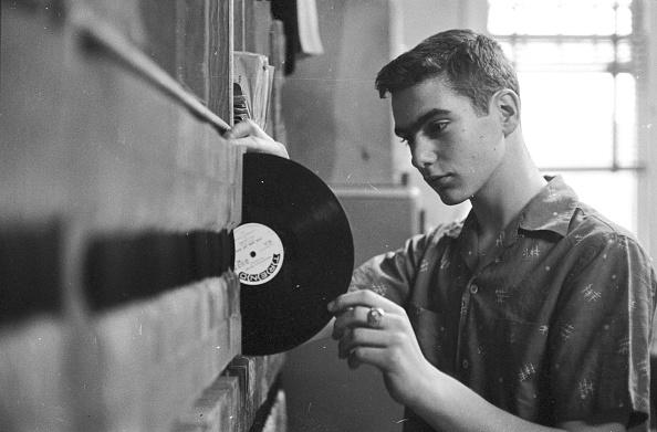 Teenager「Teen DJ」:写真・画像(0)[壁紙.com]