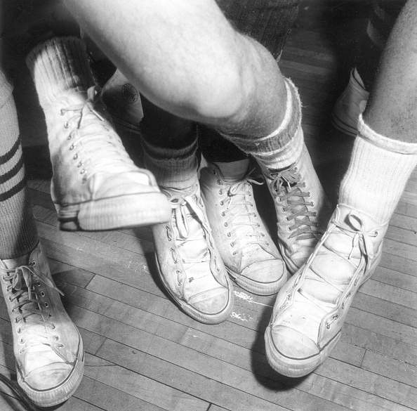 Sports Shoe「Sneakered Feet」:写真・画像(2)[壁紙.com]