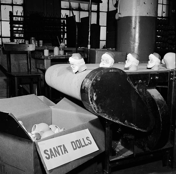 Al Barry「Santa Heads」:写真・画像(5)[壁紙.com]