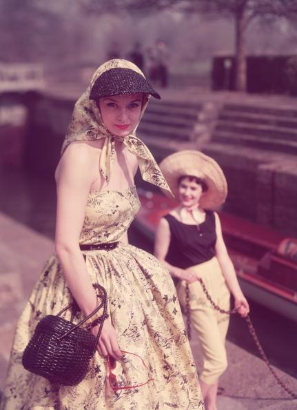 Black Color「Summer Dress」:写真・画像(7)[壁紙.com]