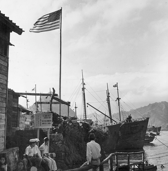 John Dominis「Shimoda Harbour」:写真・画像(9)[壁紙.com]