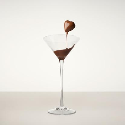 Milk Chocolate「Melt chocolate running off heart shaped chocolate.」:スマホ壁紙(17)
