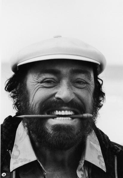 Pencil「Portrait Of Pavarotti」:写真・画像(2)[壁紙.com]