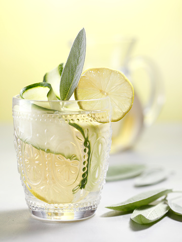 Drinking「Naturally Flavored Water」:スマホ壁紙(15)