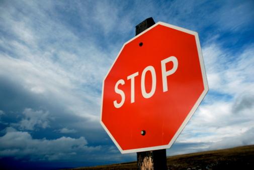 Thunder「Stop (止まれ)標識で、嵐雲ます。」:スマホ壁紙(15)