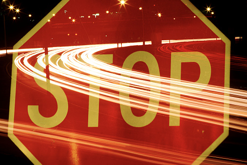 Multiple Exposure「Stop sign with freeway traffic」:スマホ壁紙(15)