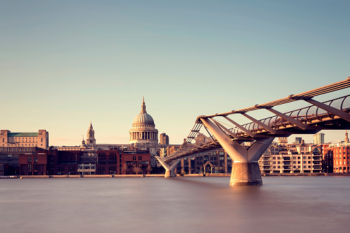 Cathedral「London St Paul's Cathedral and Millennium Bridge」:スマホ壁紙(12)