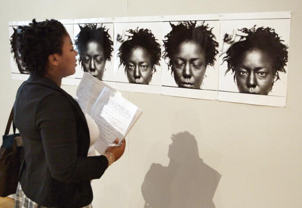 Highlights - Hair「Chicago Cultural Center Highlights Hair's Importance In African American Culture」:写真・画像(14)[壁紙.com]