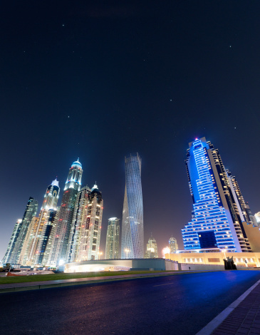 City「Dubai Marina skyline at a starry night」:スマホ壁紙(2)