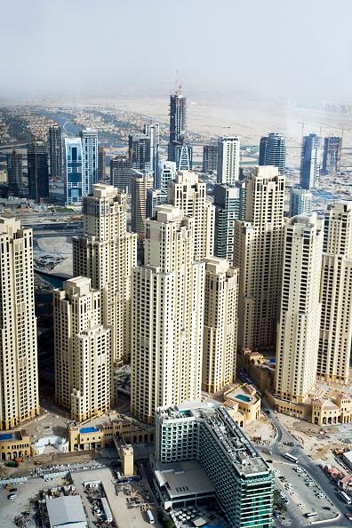 skyscraper「Dubai Marina Dubai, United Arab Emirates, May 2007.」:写真・画像(17)[壁紙.com]