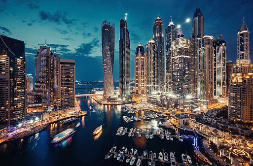 Travel「Dubai Marina skyline」:スマホ壁紙(2)