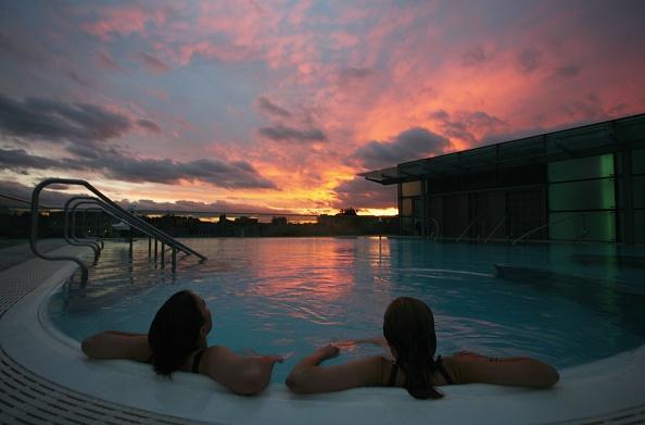 Swimming Pool「Bath Spa Prepares To Open To The Public」:写真・画像(8)[壁紙.com]