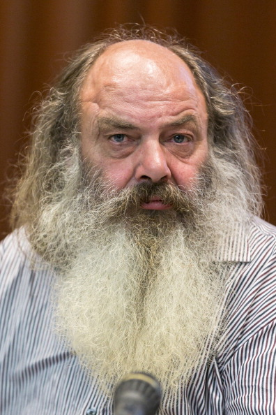 Continuity「Lothar Koenig Press Conference As Trial Continues」:写真・画像(19)[壁紙.com]