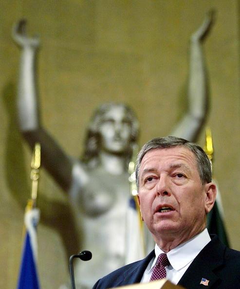 Legal System「US Attorney General John Ashcroft」:写真・画像(13)[壁紙.com]