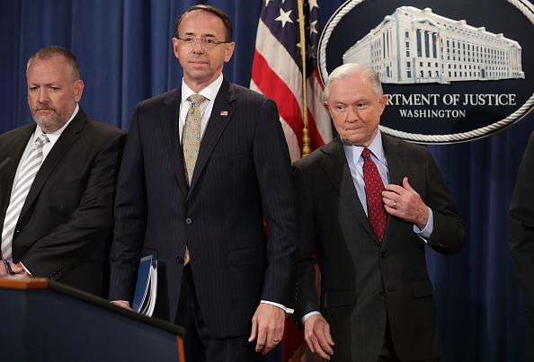 USA「AG Jeff Sessions Announces Int'l Cybercrime Enforcement Action At Justice」:写真・画像(8)[壁紙.com]