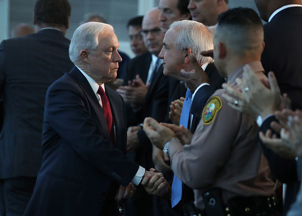 City Life「Attorney General Jeff Sessions And ICE Director Homan Speak On Sanctuary Policies In Miami」:写真・画像(10)[壁紙.com]