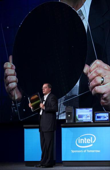 Silicon「Intel CEO Paul Otellini Addresses 2009 Intel Developer Forum」:写真・画像(9)[壁紙.com]